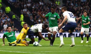 Tottenham thắng nhọc nhằm Brighton 1-0