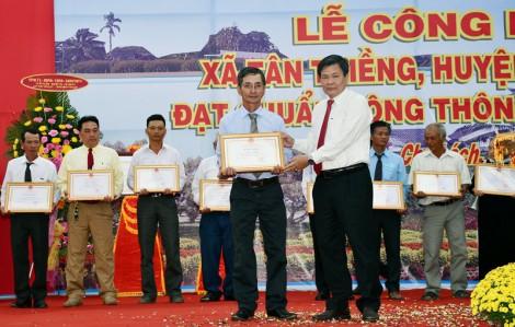 Tân Thiềng xứng đáng nhận cờ thi đua của Chính phủ
