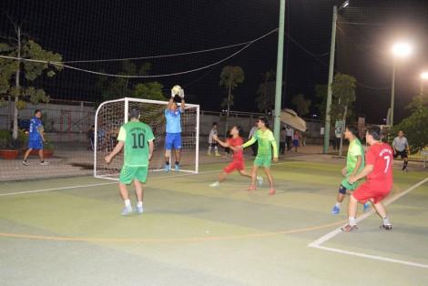 170 vận động viên tham gia Giải bóng đá ngành ngân hàng tỉnh