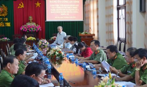 Đoàn công tác Tỉnh ủy làm việc với  Đảng ủy Công an tỉnh về thực hiện Nghị quyết số 33