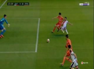 Rayo Vallecano thắng Real Madrid 1-0