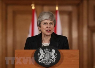 Đảng Bảo thủ của bà May mất nhiều ghế trong cuộc bầu cử tại xứ England