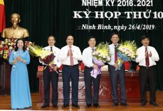 Phê chuẩn Phó chủ tịch UBND tỉnh Ninh Bình