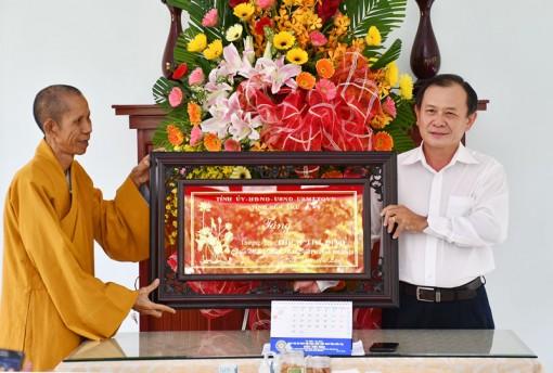 Chúc mừng các chức sắc Phật giáo nhân Đại lễ Phật đản