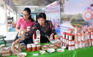 Ngày hội sản vật của tỉnh tại TP. Hồ Chí Minh