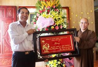 Chủ tịch UBND tỉnh thăm, chúc mừng các tổ chức và chức sắc tôn giáo tiêu biểu