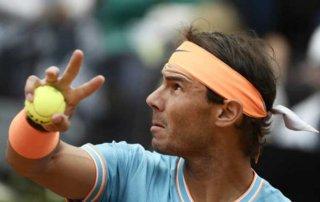 Nadal - Tsitsipas: Hai lần sai lầm, trả giá rất đắt