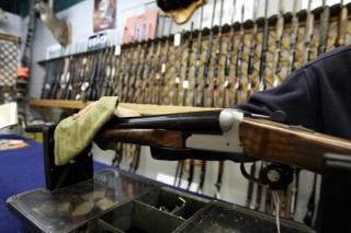 Thụy Sĩ trưng cầu ý dân về dự luật tăng cường kiểm soát vũ khí