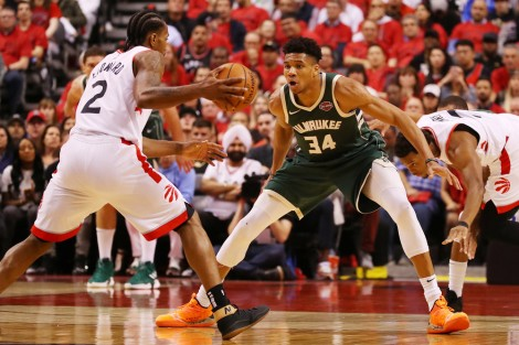 Giữa Bucks và Raptors, Warriors sẽ muốn gặp ai tại NBA Finals hơn?