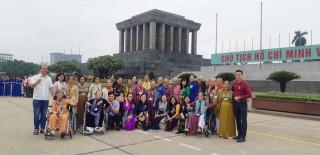 """""""Đội quân tóc dài"""" Bến Tre ra thăm Thủ đô Hà Nội"""