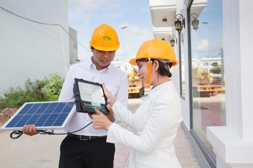 """Sử dụng điện năng lượng mặt trời nhằm bảo vệ """"Hành tinh xanh"""""""