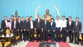 Lãnh đạo tỉnh tiếp và chào xã giao Tổng giám đốc Công ty CP Việt Nam
