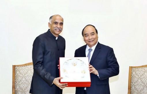 Thủ tướng đề nghị thúc đẩy hợp tác thương mại Việt Nam - Ấn Độ
