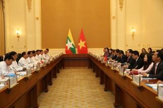 Phó thủ tướng đề nghị Myanmar đơn giản thủ tục thông quan hàng hoá của Việt Nam