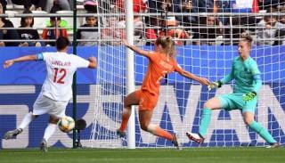 Bảng E World Cup nữ 2019:  Nữ Hà Lan thắng nữ Canada với tỉ số 2-1, giành ngôi đầu bảng