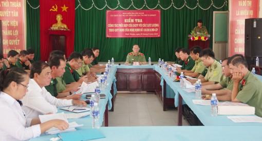 Đoàn kiểm tra liên ngành Cục Dân quân tự vệ Bộ Quốc phòng kiểm tra tình hình tại tỉnh