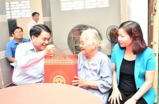 Đoàn cán bộ UBND TP. Hà Nội thăm và làm việc tại Bến Tre