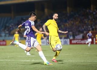Bán kết AFC Cup:  Hà Nội FC đánh bại Ceres Negros 2-1