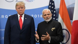 Tổng thống Trump yêu cầu Ấn Độ rút lại đòn thuế quan trả đũa Mỹ