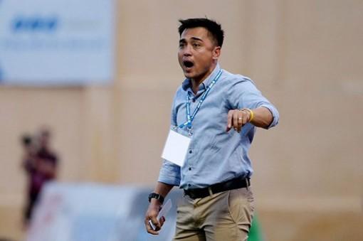 HLV Nguyễn Đức Thắng đã nộp đơn từ chức