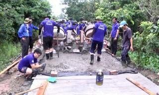 Hòa Nghĩa ra quân thực hiện các công trình dân sinh