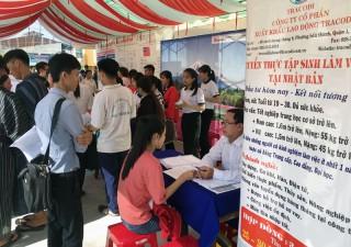 Ba Tri tổ chức phiên giao dịch việc làm, xuất khẩu lao động năm 2019