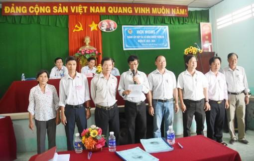 Hội nghị thành lập Hợp tác xã nông nghiệp Tường Đa