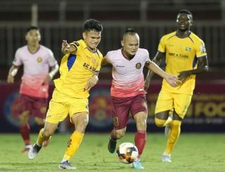 Vòng 16 V-League 2019:  SLNA chia điểm Sài Gòn FC ở phút bù giờ