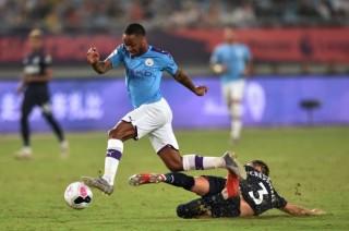 Premier League Asia Trophy:  Đánh bại West Ham 4-1, Man City vào chung kết