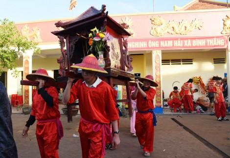 Rộn ràng Lễ hội Nghinh ông Nam Hải