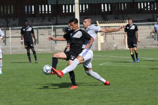 Sint-Truidense thảm bại trước PAOK 0-4