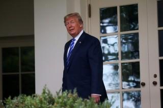 Tổng thống Trump bất ngờ tuyên bố áp thuế 300 tỉ USD hàng Trung Quốc