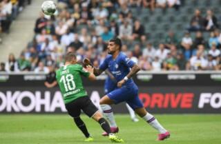 Giao hữu câu lạc bộ: Chelsea gỡ hòa Gladbach nhờ phạt đền