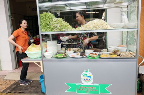 Đảm bảo an toàn thực phẩm cho thức ăn đường phố