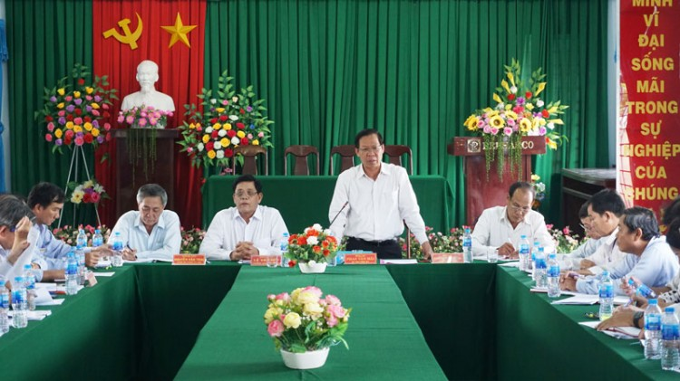 Bí thư Tỉnh ủy làm việc với Đảng ủy xã Tân Thủy về công tác chuẩn bị đại hội đảng