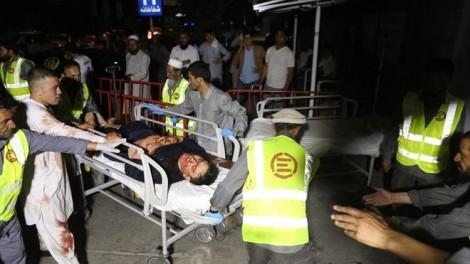 Đánh bom tại Afghanistan, gần 250 người thương vong