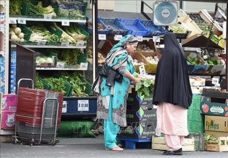 Chính phủ Anh lo ngại tình trạng thiếu thốn hàng hóa thiết yếu