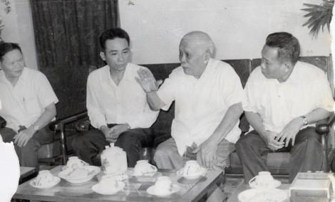 Chủ tịch Tôn Ðức Thắng qua ký ức của nhà báo Chí Nhân