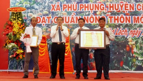 Phú Phụng được công nhận xã đạt chuẩn nông thôn mới