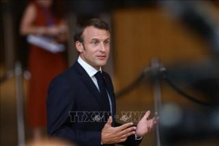 Tổng thống Pháp cảnh báo căng thẳng thương mại khiến tất cả các bên chịu tổn thất