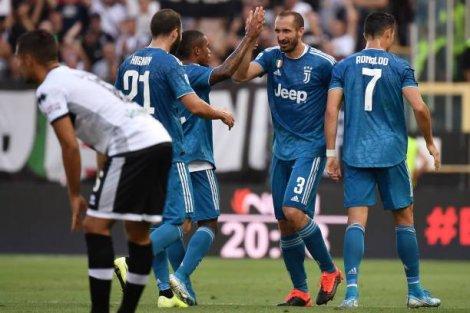 Vòng 1 Serie A: Juventus giành 3 điểm nhọc nhằn trước Parma