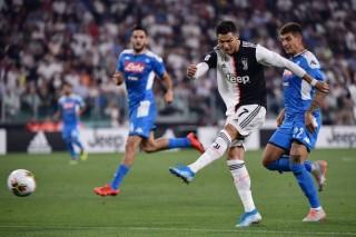 Vòng 2 Serie A 2019/2020:  Koulibaly đã phản lưới nhà giúp Juventus giành chiến thắng
