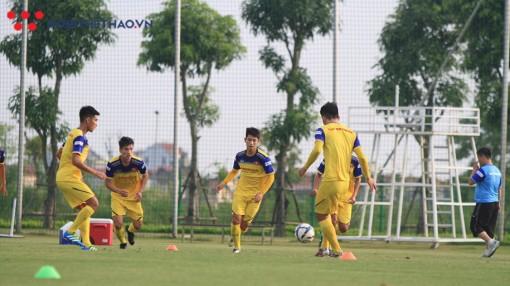 U22 Việt Nam và U22 Trung Quốc được thay thế 11 cầu thủ trong 3 lần