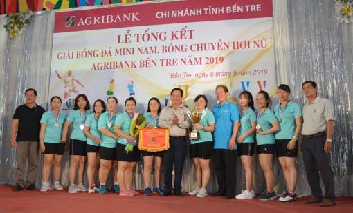Giải bóng chuyền hơi nữ và bóng đá mini nam Agribank Chi nhánh  Bến Tre năm 2019