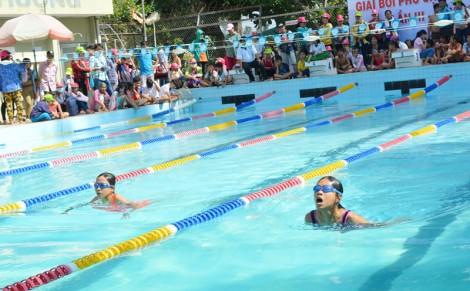 Trẻ em từ 6-15 tuổi biết bơi ngày càng tăng, nguy cơ đuối nước giảm đáng kể