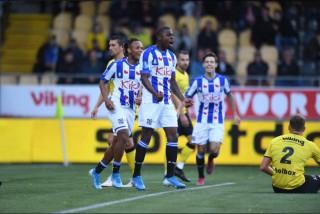 Heerenveen thắng Venlo 3-0