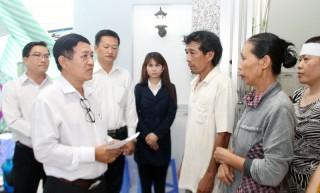 Công ty Điện lực tỉnh thăm, hỗ trợ cho gia đình các nạn nhân bị tai nạn điện giật