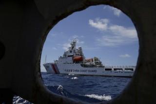 Bất chấp sức ép từ Trung Quốc, Philippines vẫn tuần tra ở Biển Đông