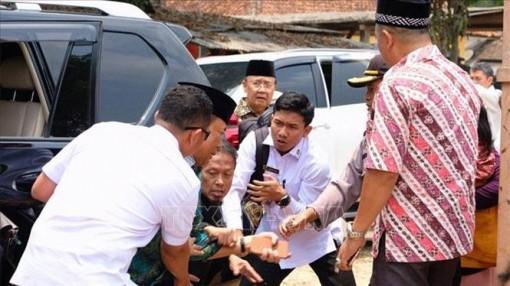 Bộ trưởng An ninh Indonesia bị tấn công bằng dao