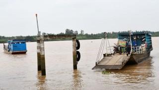 Giải quyết tranh chấp tại bến khách ngang sông Thới Lai - Châu Hòa